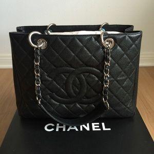 🎉SALE🎉 Chanel Black GST Caviar Leather Tote